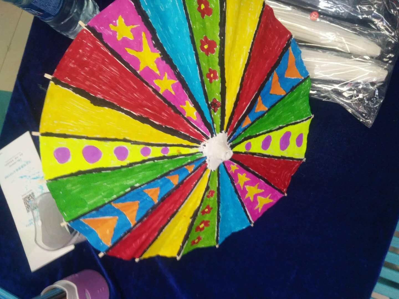 北国超市谈东店——亲子手绘雨伞活动